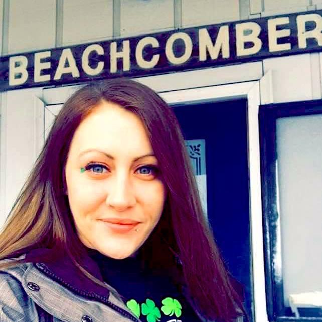 Beachcomber girl